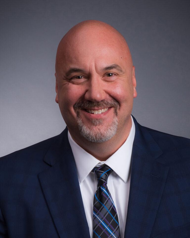 Bob Elkins Senior Vice President, Industry Vertical Operations Ruan Transportation Management Systems